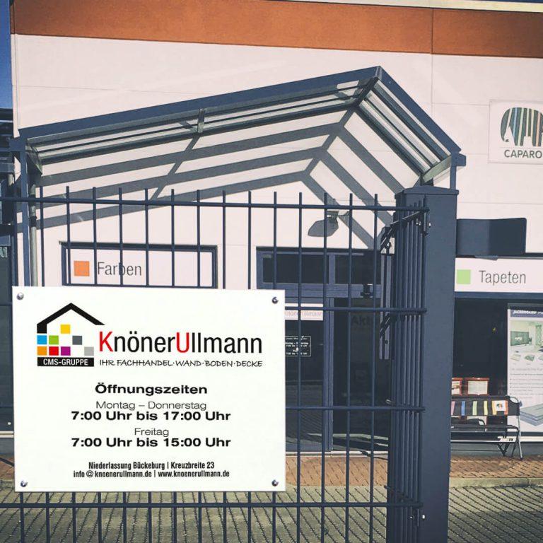 Firmenschild für Knöner-Ullmann GmbH & Co. KG in Bückeburg